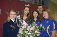Miss KY with the WCHS FFA Officers