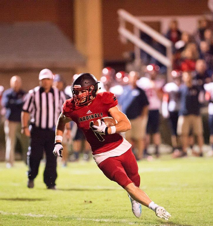 Aubrey Weaver carrying the ball