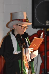 Chrarles Dickens reading