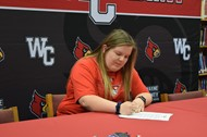 Ragan Shelton signs with the University of the Cumberlands for Archery
