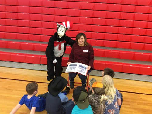 Community Readers volunteer as Bell's Read Across America special events
