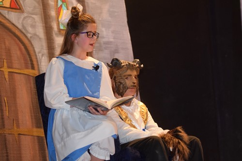 belle reads to beast