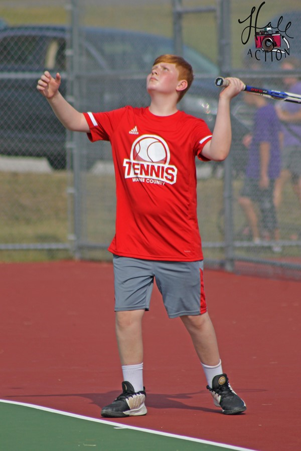 Hunter Criswell serving