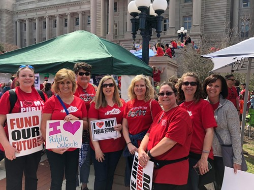 Teachers protest in Frankfort
