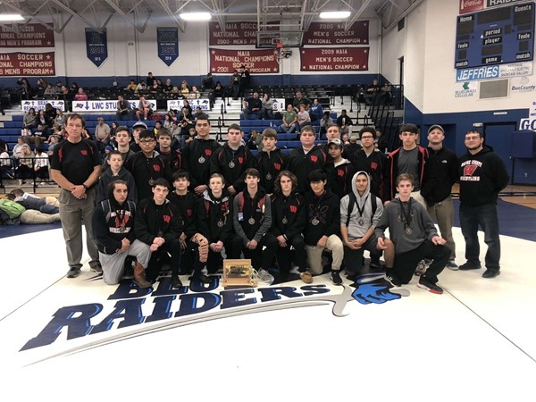 wrestlers placed 4th in the state for small school state duals