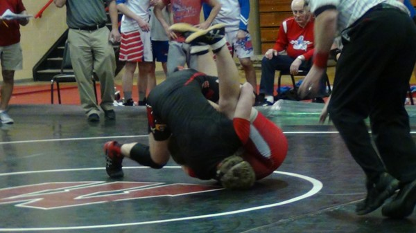 Colton Morrow wrestling