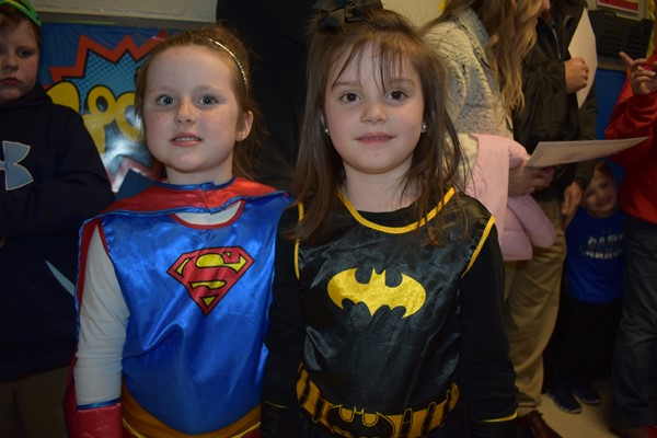 super girl and bat woman