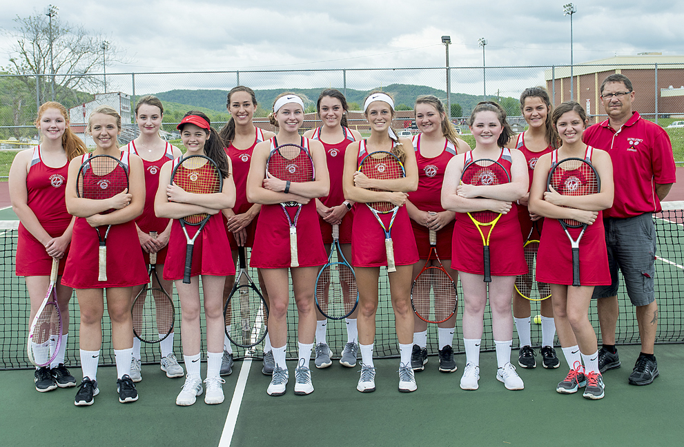 Wayne County Tennis concludes their regular season