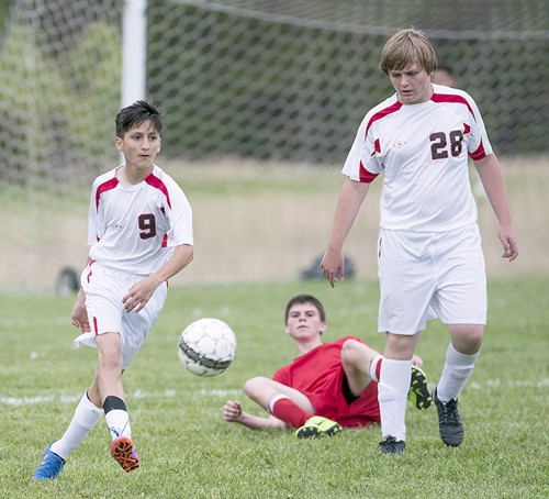 Middle School soccer underway for girls and boys - Wayne