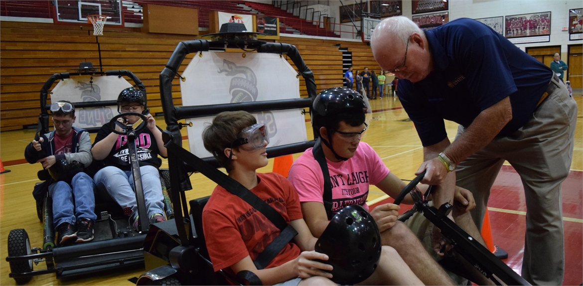 students at the high school experienced a drunk driving simulation