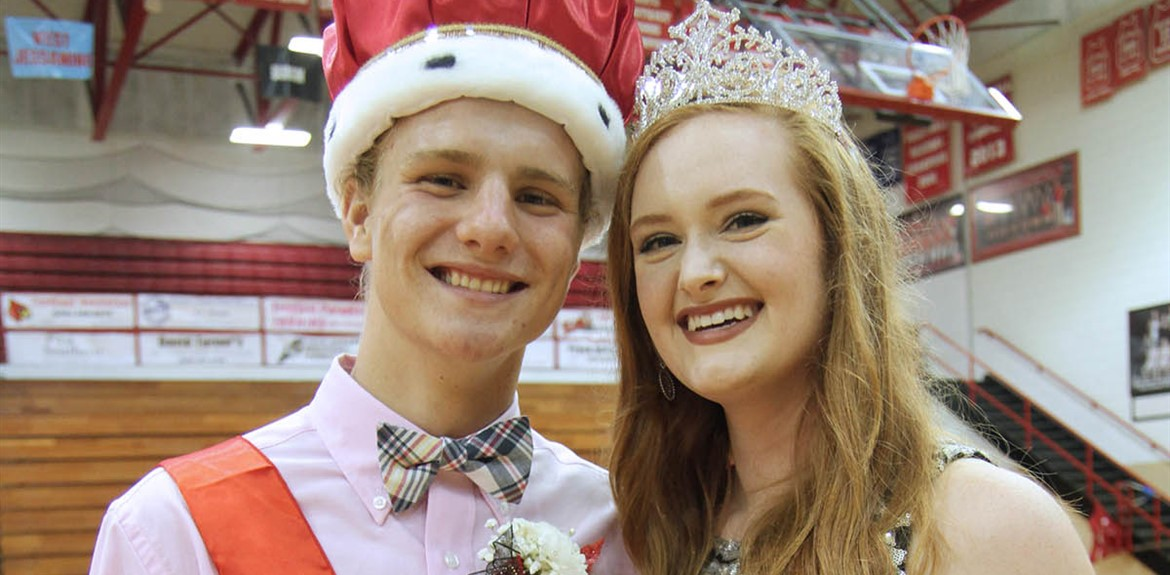 Homecoming King Tanner Thompson and Homecoming Queen Bailey Wright
