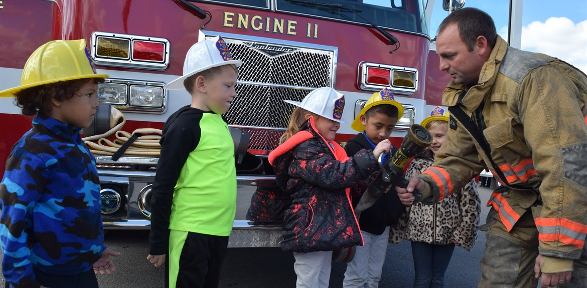 Walker students learn on Safe Schools day