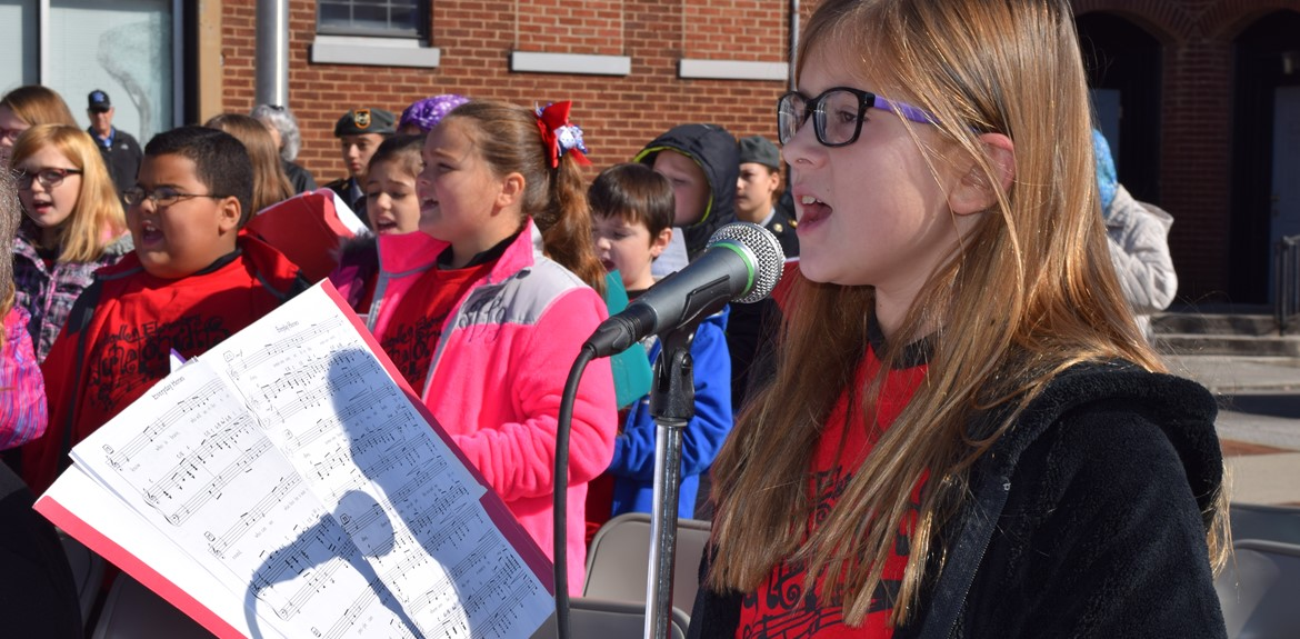 Monticello Waynetonian Choir performed at Veterans Parade